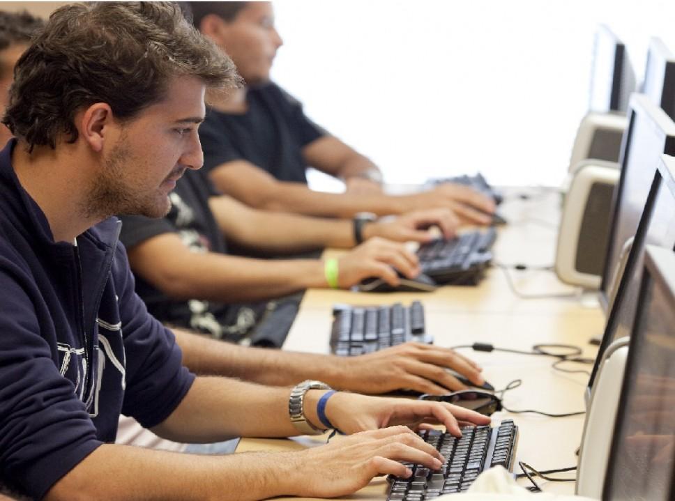 Desarrollo y Programación en IAC - Cursos Paraná